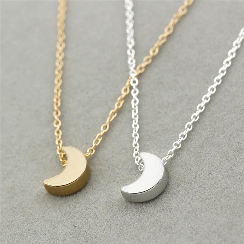 estética de lujo auténtica venta caliente proporcionar una gran selección de Colgante minimalista media luna | SOCOOL SHOP